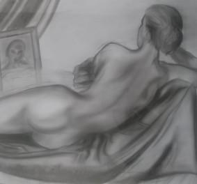 Belle femme nue, j'aime la suggestion
